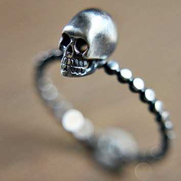 Sterling silver skull ring - dotted band - gothic - edgy - simple - dainty