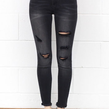 Super-Stretch Distressed Raw Edge Skinny Jeans {Black}