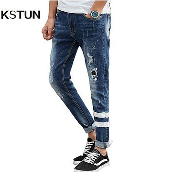 Men's Cropped Jeans Korean Style Ripped Broken Slim Fit Striped Pencils Pants Light Blue Hip Hop Clothing For Men Biker Jeans