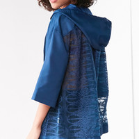 Kimchi Blue Mixed Lace Popover Windbreaker Jacket | Urban Outfitters