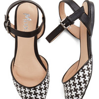 ModCloth Fab Foot Forward Flat