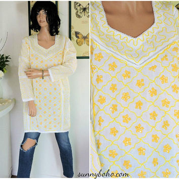 Vintage Indie caftan / size S / M white / yellow cotton embroidered kaftan top / boho hippie ethnic tunic top / SunnyBohoVintage
