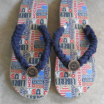 USA Flip Flop Sandals: crochet navy t-rope with deco-button