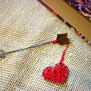 Bookmark for books, red wall art, Heart of love, heart of metal wire, Gifts For Her, metal ware, anniversary Love, gift of love