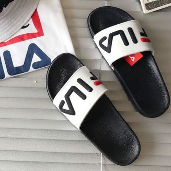 FILA 2018 men's and women's couples trendy fashion wild slippers F0444-1 white