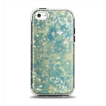 The Unfocused Green & White Drop Surface Apple iPhone 5c Otterbox Symmetry Case Skin Set