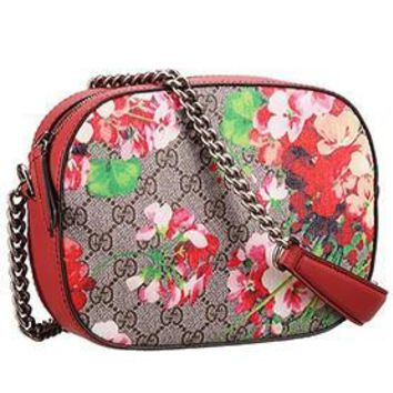 Gucci Blooms GG Supreme Canvas Mini Chain Bag Red