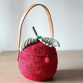 Apple bag Raffia bag Basket purse Fruit bag Straw tote bag Summer bags Crochet tote bag Red purse Handle bag Basket bag