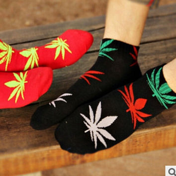 Fashion New Plantlife Marijuana Weed Leaf Cotton Socks -Random Send (Color: Multicolor) = 1930558020