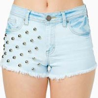 STUDDED LIGHT WASH CUT-OFF SHORTS