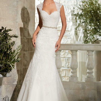 Mori Lee Bridal 5303 Sample Sale Wedding Dresss