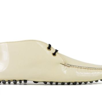 Car Shoe By Prada Women's Cream Patent Leather Lace Up Moccasins