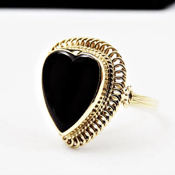 14k Gold Black Onyx Heart Ring, Size 5, Yellow Gold, Heart Shape Stone, Vintage Jewelry Ring