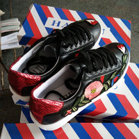 Embroidery Flat Casual Sports Summer Travel Shoes [11641381007]