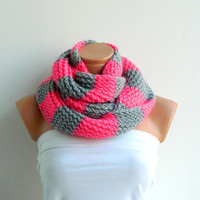 Knitted Striped Gray and Pink Hand knitt infinity scarf Block Infinity Scarf. Loop Scarf, Circle Scarf, Neck Warmer.