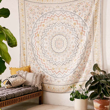 Zelda Yarn Dyed Tapestry - Urban Outfitters
