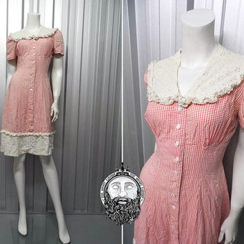 Vintage 40s 50s Gingham Tea Dress Broderie Anglaise Picnic Check Plaid Dress Mother of Pearl Buttons 1950s Dress Anglais Pointelle Collar