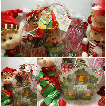 Christmas gift basket - Christmas gift - Christmas candy - Christmas present - Gift basket - Candy - Bath & Body Works