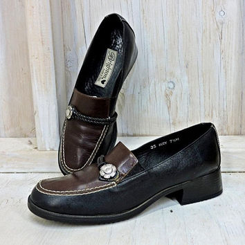 Womens Vintage Loafers 7 / 7.5 / 90s Brighton / Made in Italy / brown on black / leather slip ons