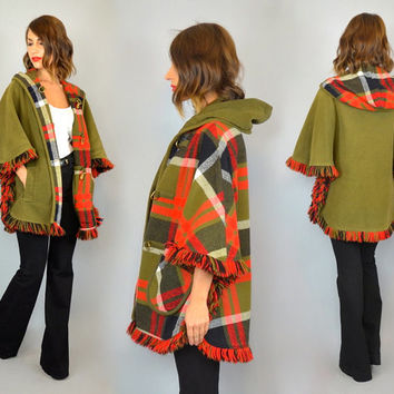 REVERSIBLE PLAID vtg 70's hooded wool CAPE coat w/metal toggle closures, extra small-medium