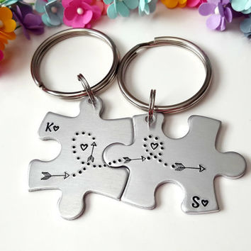 Personalized Keychains, Couple Keychains, Arrow Keychains, Anniversary Gift for Girlfriend, Gifts for Girlfriend, Boyfriend Girlfriend Gifts