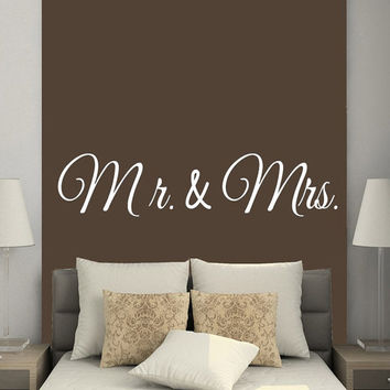 Family Words Wall Decals Mr And Mrs Love Wife Husband Vinyl Decal Sticker Home Decor Art Mural Interior Design Bedroom Decor KG787