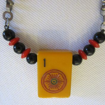 Oriental Mahjong Bakelite Tile Chain Necklace Red Black Beads