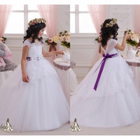 2017 Lovely white flower girl dresses for wedding purple sash lace appliques ball gown for girls flowers vestidos de comunion