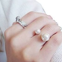 Chic Double Pearl Ring (White)