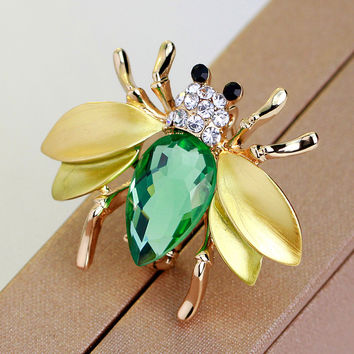 Cute Crystal Little Bee Brooch