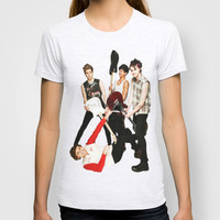 5 seconds of summer on teen now T-shirt by kikabarros
