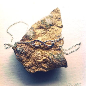 Infinity necklace on fine vintage Sterling Silver chain - Volcano Store