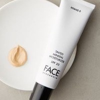FACE Stockholm Tinted Mineral Moisturizer in Nyans