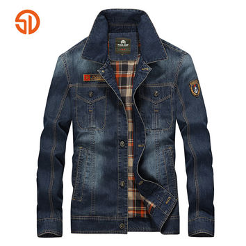 Denim Jackets Men Spring Summer Style Fashion Cotton Jacket Men Single Breasted Multi Pocket Cowboy Male