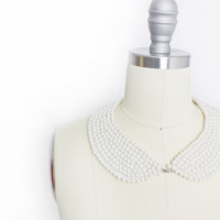 Vintage 1950s Collar - Beaded Faux Pearl Ivory Peter Pan Necklace