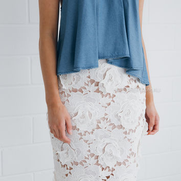 reina pencil lace skirt - ivory