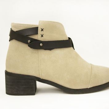 Louise vegan ankle boots