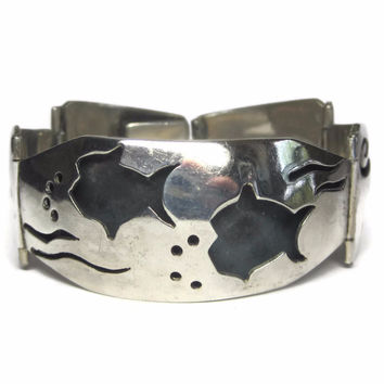 Large Vintage Mexican Sterling Shadowbox Fish Panel Bracelet
