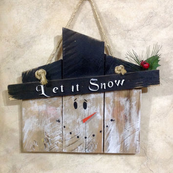 Let it Snow Rustic Whitewashed Snowman Wall Hanging Decor Made from Repurposed Pallet Wood Winter Christmas Holiday Decorations.