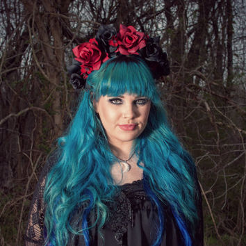 Romantic Goth red and black roses flower crown ( pastel goth nu goth pastel grunge anime kawaii festival halloween)