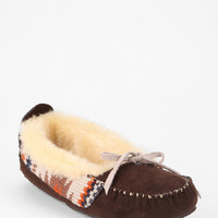 Urban Outfitters - MUK LUKS Tobey Sherpa Moccasin