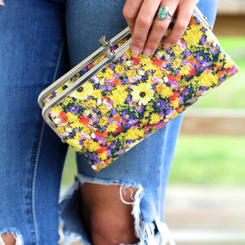 Daisy Floral Print Hobo Wallet