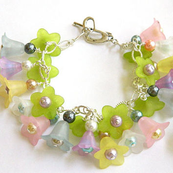 Multi Colored Lucite Flower Bracelet Handcrafted Pastel Glass Pearl Silver
