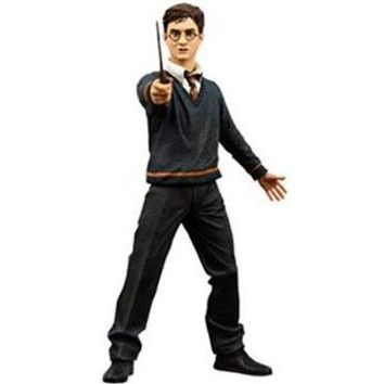 Harry Potter Series 1 Harry Potter with Wand and Base 6 in. Action Figure