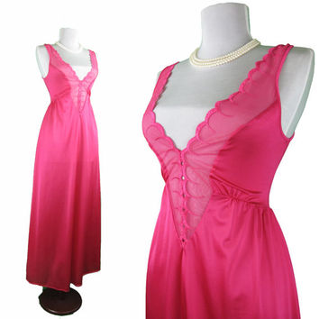 Rare vintage Olga nightgown style 92022 in Passion pink, size Medium