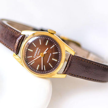 Round case women's watch Cardinal, gold plated lady's wristwatch for export, shockproof watch burgundy face, genuine leather strap new