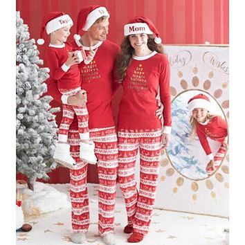 2017 New Year Family Christmas Pajamas Matching Outfit Set Clothes