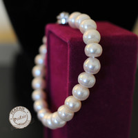 Freshwater Pearls bracelet white pearls beads gradual size beads from 5cm-7cm  N023