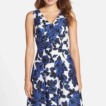 Adrianna Papell 12249891 Strappy Floral V Neck Cocktail Dress