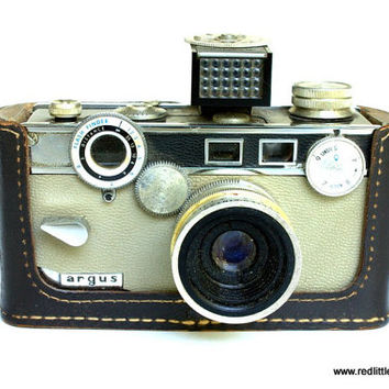 Vintage Camera- Argus C3 Matchmatic 35mm Film with Flash,Argus Company, Photographers, Collectors, Photography, Home Decor,